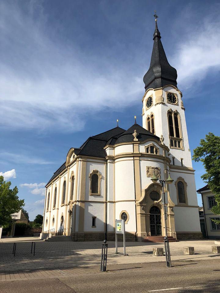 stellen evangelische kirche